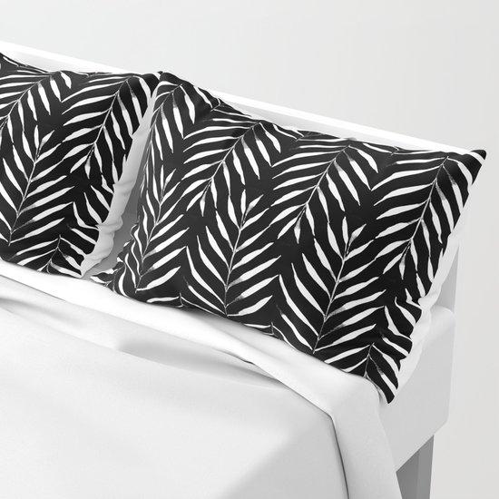 Black and white Palms by aniiiz