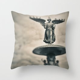 Bethesda Fountain - Angel of The Waters Throw Pillow