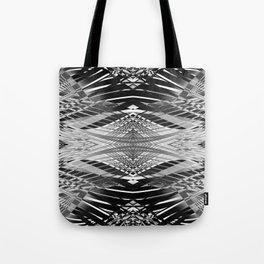 PRETTY BLACK & WHITE LINE PATTERN II Tote Bag
