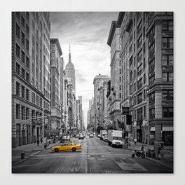 NEW YORK CITY Fifth Avenue Canvas Print