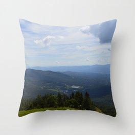 Stowe, Vermont Mountains Throw Pillow