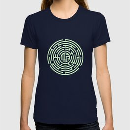 The labyrinth of life T-shirt