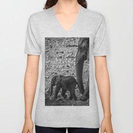 B&W Elephant Love 6 Unisex V-Neck