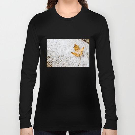 snow and a leaf Long Sleeve T-shirt