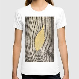 leaves wood texture T-shirt