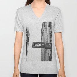Wall street bw Unisex V-Neck