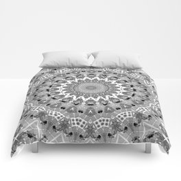 Black and white mandal Comforters