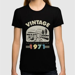 Birthday Gift Vintage 1971 Classic T-shirt