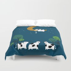 A cow jump over the moon Duvet Cover