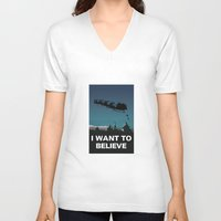 i want to believe V-neck T-shirts featuring I want to believe by Fresco Umbiatore