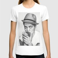 bruno mars T-shirts featuring Bruno Mars by Pritish Bali
