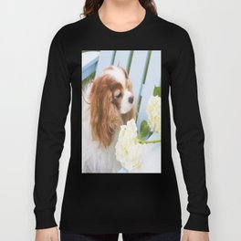 Cavalier King Charles With Hydrangeas Long Sleeve T-shirt