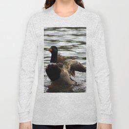 Mallard Duck flapping wings Long Sleeve T-shirt