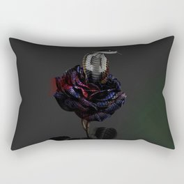 cobra rosa Rectangular Pillow