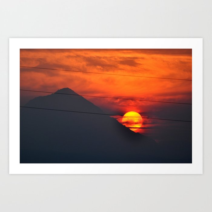 SUNSET OVER MOUNT HOOD Art Print