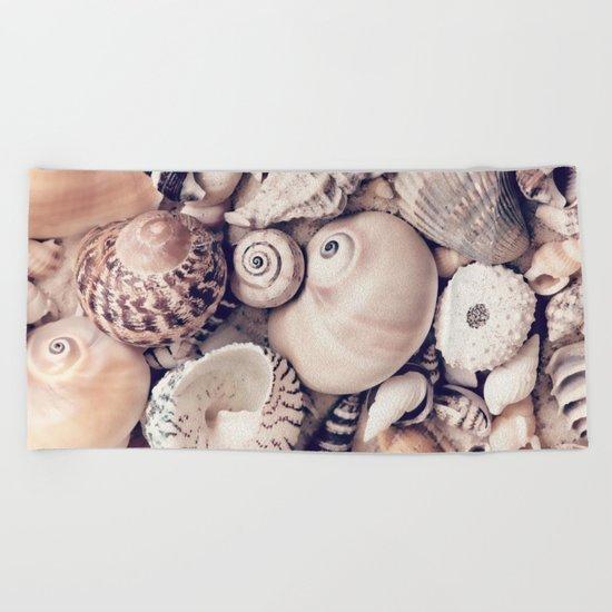 Vintage  Sea Shell Collection Coastal Style Beach Towel