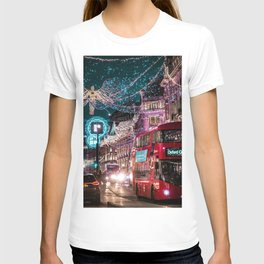 London, England 22 T-shirt