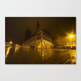 Lakenhalle la nuit Canvas Print
