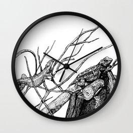 Iguana: Black White Wall Clock