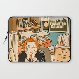 Dana Scully sit to the Fox Mulder's office Laptop Sleeve