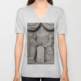 Monument To William Wentworth And His Wife Henrietta Unisex V-Neck