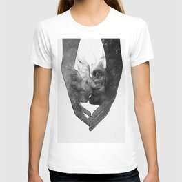 The kissing touch. T-shirt