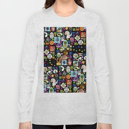 It's Mad, Mad, Mad, Mad World Long Sleeve T-shirt