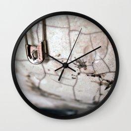 .cracks. Wall Clock