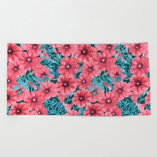 Red watercolor petunia flower pattern Beach Towel