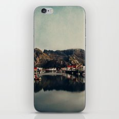 mountain life iPhone Skin