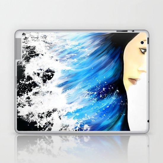 WOMAN FACE (SEA) Laptop & iPad Skin