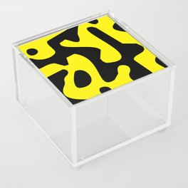 QR Clothes Yellow - Accessories Acrylic Box