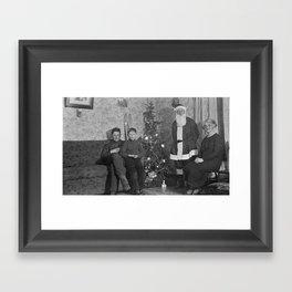 Vintage X-mas Framed Art Print