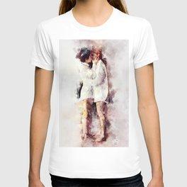Watercolor Lesbian Couple Kissing T-shirt