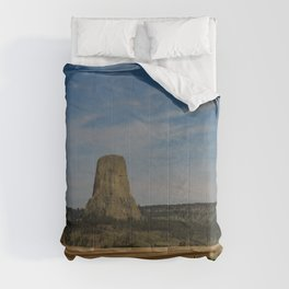 Road To Devils Tower Comforters