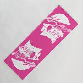 Liquify skull in hot pink Yoga Mat