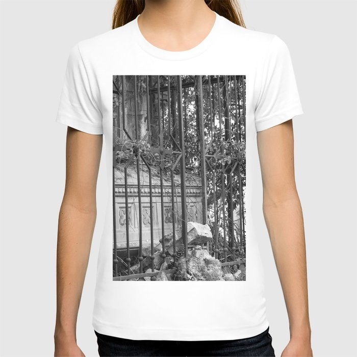 old gate & grave T-shirt