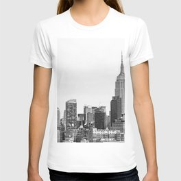 The New York Cityscape City (Black and White) T-shirt