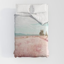 Coastal trail - blush Comforters
