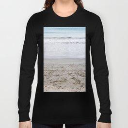 b e a c h Long Sleeve T-shirt