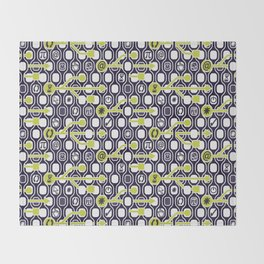 geek spirit (Acid green) Throw Blanket