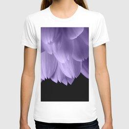 Ultra violet purple flower petals black T-shirt