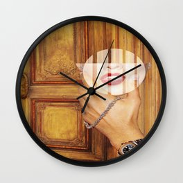 Mouth to mouth Wall Clock