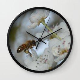 Bee in Flight - Closeup Wall Clock
