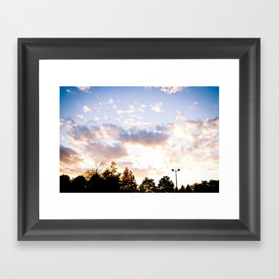 When the sun goes down Framed Art Print