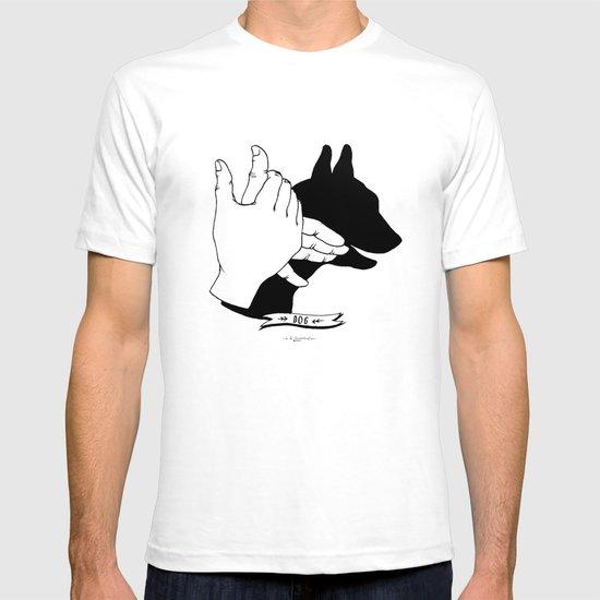 Hand-shadows Mr Dog T-shirt