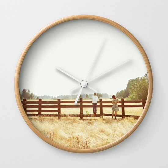 Fence Standing Wall Clock