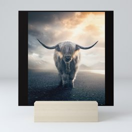 highland cattle scotland Mini Art Print