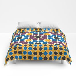 Moroccan seamless pattern, Morocco. Patchwork mosaic with traditional folk geometric ornament Comforters