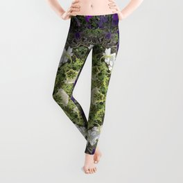 Icy White and Rich Violet Petunias Kaleidoscope Leggings